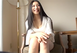 【素人】サラサラの黒髪を乱して最高にエロいセックスをする大学2年生