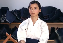 県大会3位、全国出場。剣道一筋で生きてきた女子大生剣士がAVデビュー!