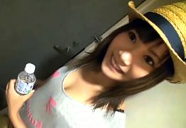 【素人】岡山でナンパした美少女すぎる雑貨屋店員を電マでイカせて挿入!