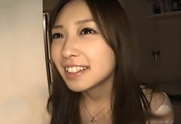 めっちゃ可愛い女子大生のマンションをアポなしで訪問してハメ撮り!