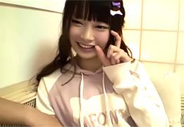 【個人撮影】前髪ぱっつんのパーカー美少女が可愛すぎる自宅ハメ撮り