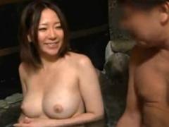 混浴で美巨乳お姉さんとH!