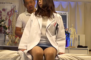 【盗撮】K応○塾大学病院のエリート女医が通うマッサージ映像流出・・・