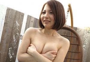 秋田で見つけた美乳美女