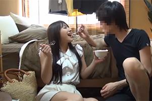 【盗撮】ナンパしたお嬢様女子大生を慣れた手つきで脱がせていくイケメン大学生