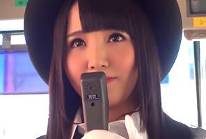 SEX出来るのはたった1人!美人ガイドさん争奪バスツアー! 友田彩也香