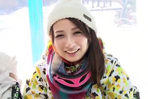 【MM号】スキー場に三日籠って見つけた雪のように白いマシュマロ巨乳ボーダー