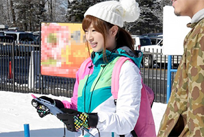【素人】新潟のゲレンデで見つけた美白Gカップの現役スキー部女子大生に中出し!