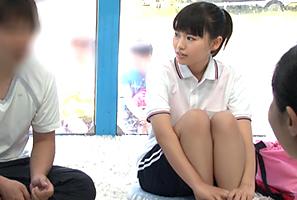 【MM号】合宿中の禁欲ルールを破り先輩とHする地方の垢抜けない水泳部女子大生